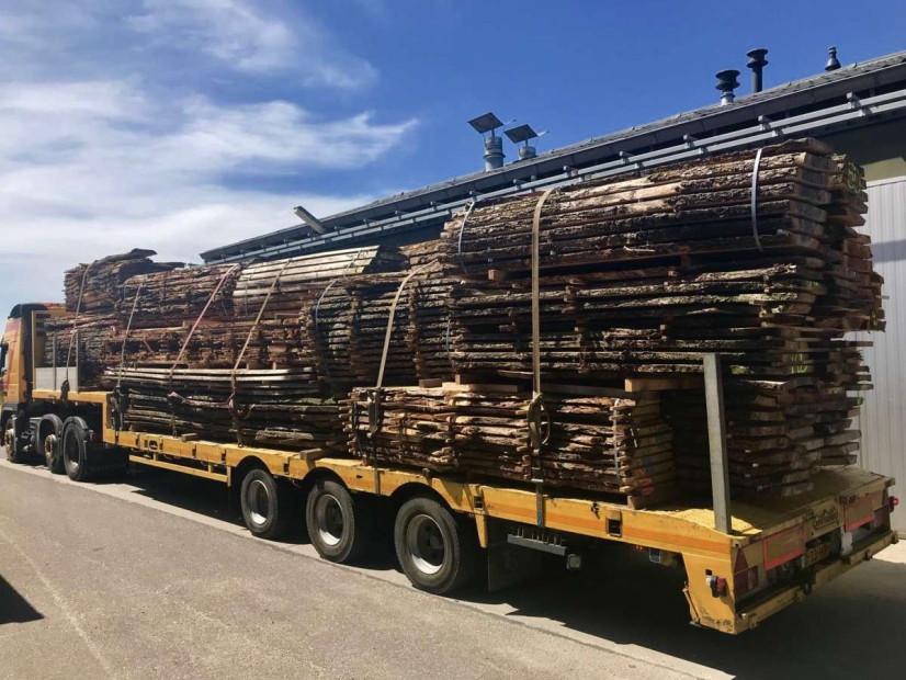houtlading-iepenhout-iepenplank-boomstamplanken-boomplank