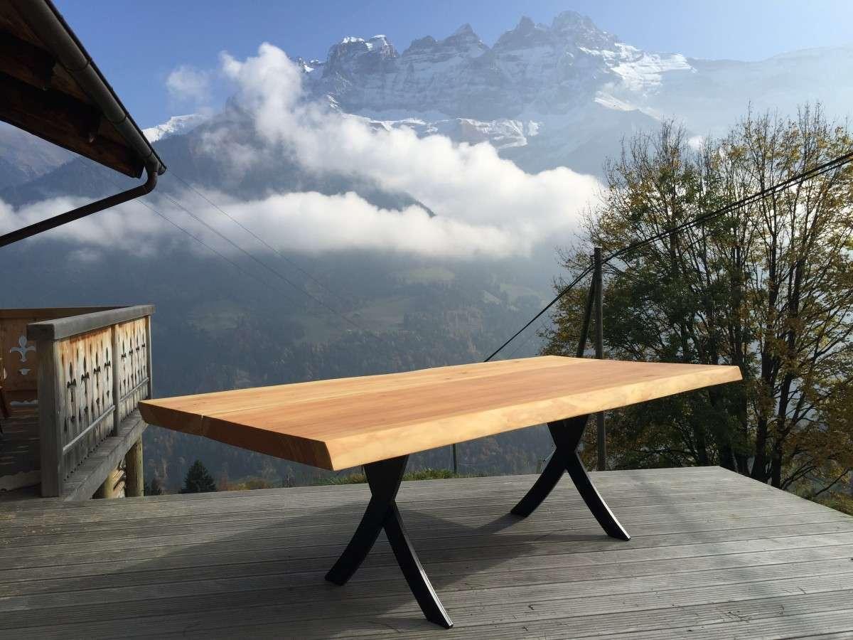 Boomstamtafel Met Stalen Onderstel.Stalen Onderstel Geef Uw Tafel Een Industrieel Design Woodend